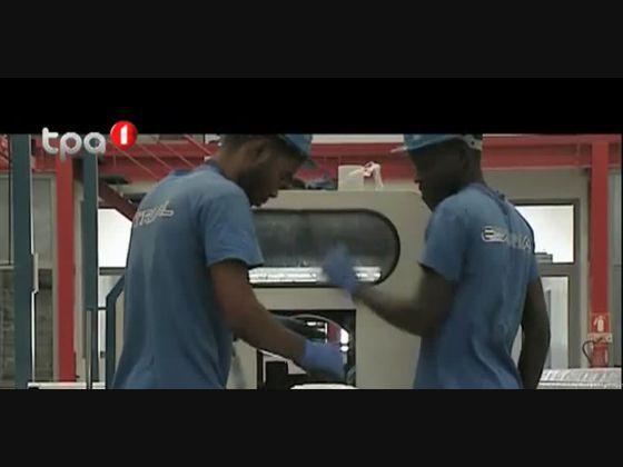 Angola Hoje - Produção de superfície de aluminio
