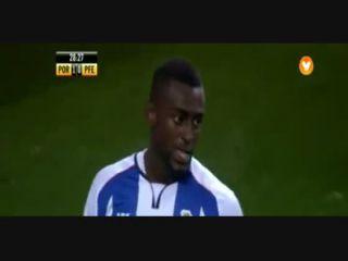 Porto 5-0 Paços de Ferreira - Golo de J. Martínez (29min)