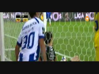 Porto 5-0 Estoril - Golo de Óliver Torres (33min)